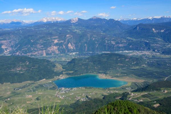 Aussicht vom Mendelgebirge Richtung Kalterer See